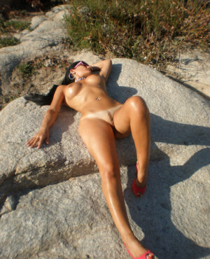 I'm Stefania, an independent escort and masseuse in Madrid